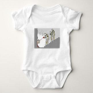Rotura de la ciencia ficción adentro body para bebé