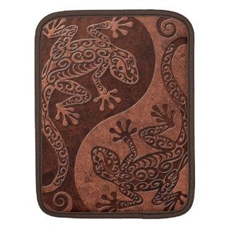 Rough Brown Stone Yin Yang Geckos Sleeve For iPads