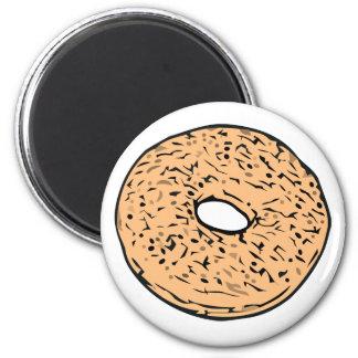 Round bagel magnet