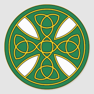Round Celtic Cross in green and gold Classic Round Sticker