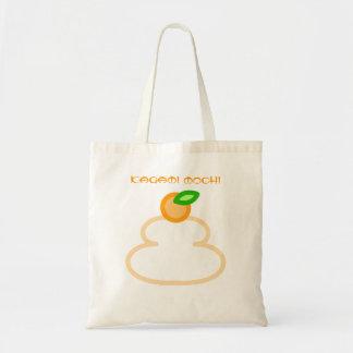 Round rice-cake (kagami mochi) tote bags