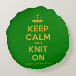 [Knitting crown] keep calm and knit on  Round Throw Pillow Round Pillow
