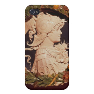 Roundel bearing a profile portrait iPhone 4/4S cover