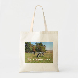 Row of cannons on the Gettysburg Battlefield Tote Bag