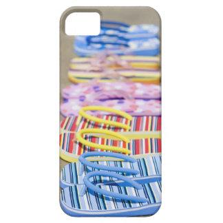 Row Of Flip-Flops iPhone SE/5/5s Case