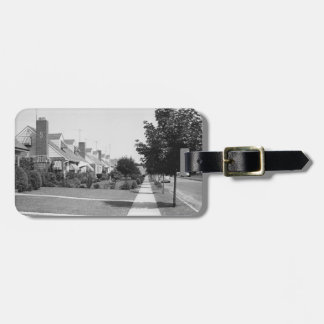 Row of Houses Tag For Bags