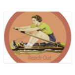 Rower de la mujer del vintage postal
