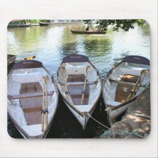 Rowing boats at Stratford upon Avon UK Mousepads