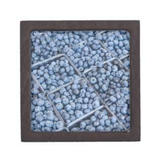 Rows of blueberries premium gift boxes