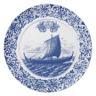 Royal Asatru: Valknot Vikings Dinner Plate