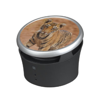 Royal Bengal Tiger cub on the move Speaker