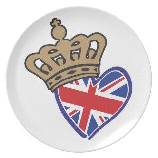 Royal Crowm UK Heart Flag Dinner Plate