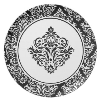 Royal Damask with Regal White Damask Emblem Plate