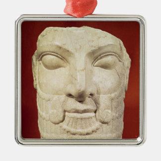 Royal head metal ornament