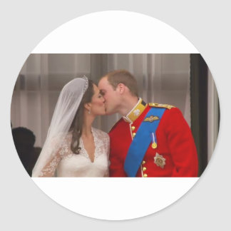 Royal Kiss Prince William and Princess Kate Classic Round Sticker