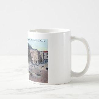 Royal Opera House, Vienna, Austria c1915 Vintage Coffee Mug