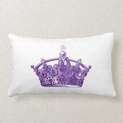 foto de Royal Purple Crown Pillow Zazzle