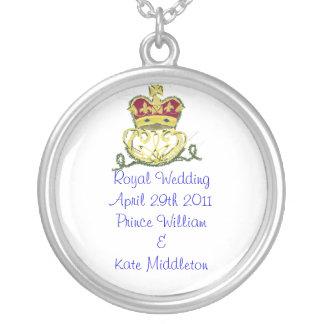 Royal Wedding Commemorative Round Pendant Necklace