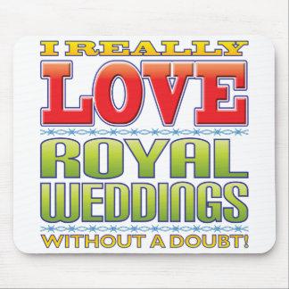 Royal Weddings Love Mouse Pad
