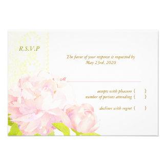 RSVP que se casa floral suave blanco de marfil Invitacion Personal