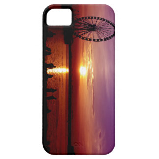 Rueda capital en la puesta del sol iPhone 5 carcasa