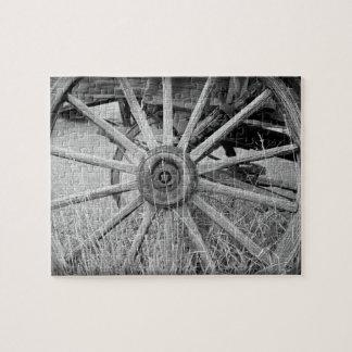 Rueda de carro blanco y negro puzzles