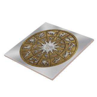 Rueda de cobre amarillo del zodiaco azulejo cuadrado grande