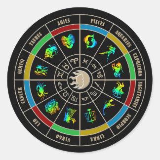 Rueda de color del zodiaco pegatina redonda