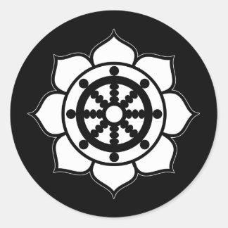Rueda de Dharma de la flor de Lotus Pegatina Redonda