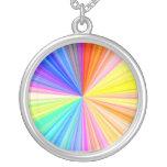 Rueda de la sombra del color - extremo del arco ir collar