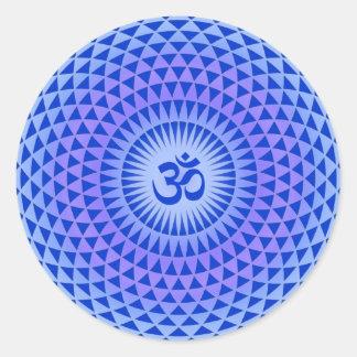 Rueda púrpura OM de la meditación de la flor de Lo Etiqueta Redonda