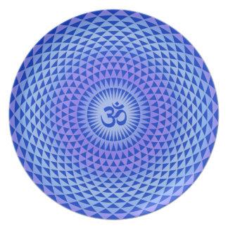 Rueda púrpura OM de la meditación de la flor de Lo Platos