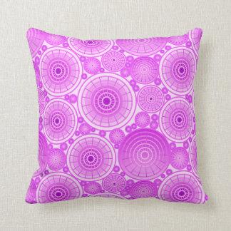 Ruedas jerarquizadas - lavanda y púrpura almohada