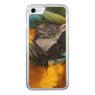 Ruffled Blue and Gold Macaw Carved iPhone 7 Case