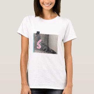Ruffles the Show Pigeon! T-Shirt