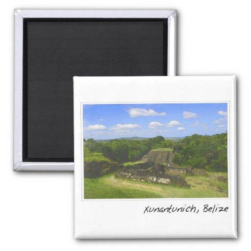 Ruina maya de Xunantunich en Belice Imán Cuadrado