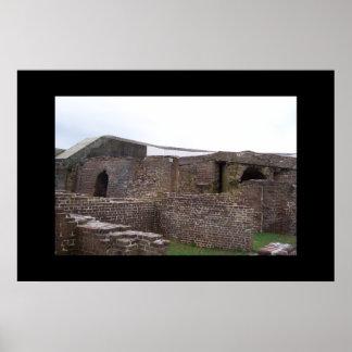 Ruinas de la acémila del fuerte póster