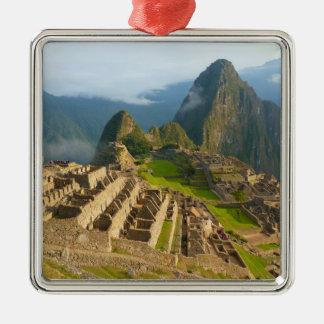 Ruinas de Machu Picchu Adorno Cuadrado Plateado