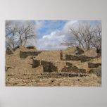 ruinas del Azteca con las ventanas y las entradas Poster