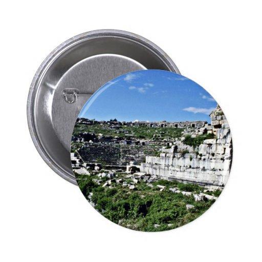 Ruinas del teatro del griego clásico de Miletus -  Pins