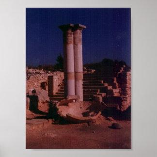 Ruinas del templo en Chipre Poster