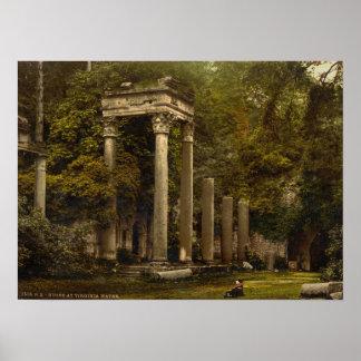 Ruinas en el agua de Virginia, Windsor, Berkshire Poster