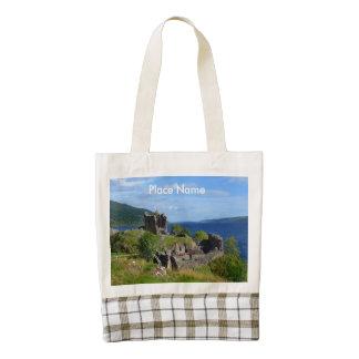 Ruinas escénicas del castillo de Urquhart Bolsa Tote Zazzle HEART