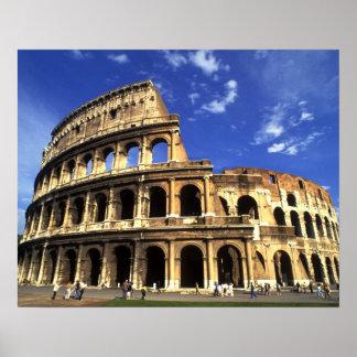 Ruinas famosas del coliseo en Roma Italia Póster