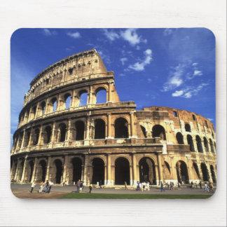 Ruinas famosas del coliseo en Roma Italia Tapetes De Ratón
