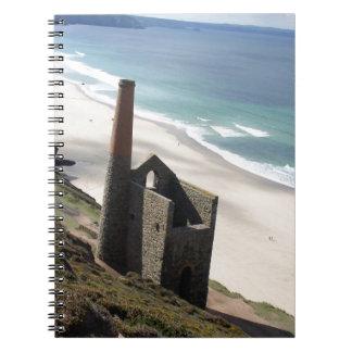 Ruine de Cornualles de la explotación minera en el Cuaderno