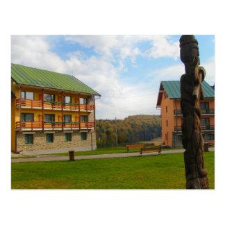 Rumania, figura de madera tallada tradicional tarjeta postal
