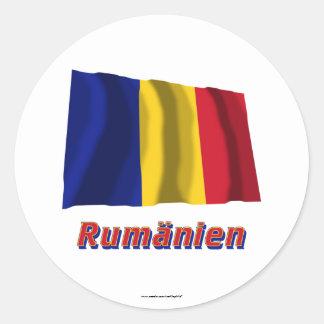 Rumänien Fliegende Flagge mit Namen Classic Round Sticker