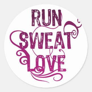 Run Sweat Love Classic Round Sticker