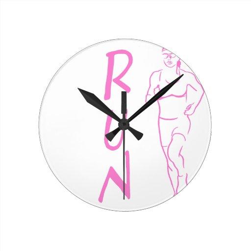 RUN Woman Pink Round Clocks